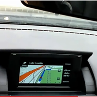 Nokia N8 used as in-car HUD GPS system